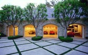 Luxury Garage | More here: http://mylusciouslife.com/stylish-home-luxury-garage-design/