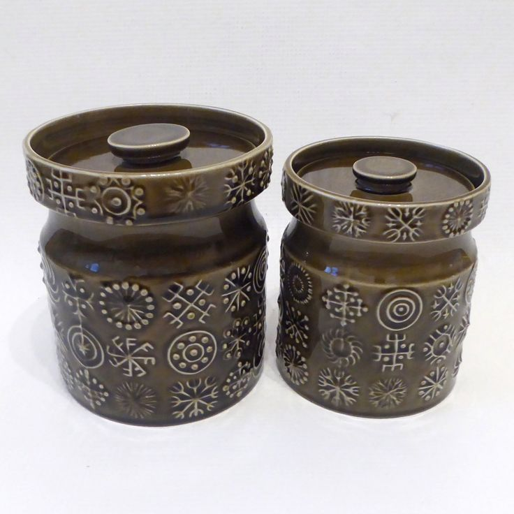 Two Portmeirion Pottery Totem Olive Green Storage Pots Jars Containers Susan Williams Ellis 1960 70s Retro Vintage Stoke Textured
