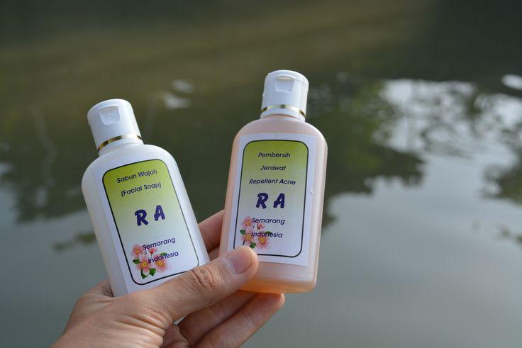 Obat jerawat untuk pria, obat jerawat untuk ibu hamil, obat jerawat untuk diminum, obat jerawat untuk muka sensitif, obat jerawat untuk ibu hamil muda, obat jerawat untuk laki laki, obat jerawat untuk wajah sensitif, obat jerawat untuk wajah berminyak, obat jerawat untuk kulit berminyak, obat jerawat untuk jerawat pasir.  CALL / SMS: 08562655521 PIN BB        : 5A3880E9   http://obatsabunjerawatalamiampuh.blogspot.co.id/