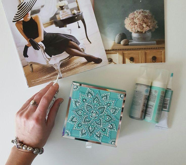 Handpainted jewelry box in Tiffany colour #jewelrybox #handmade #diy #handpaint #декоршкатулки #ручнаяроспись