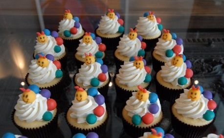 Baby einstein cupcakes by queene of tartes, via Flickr