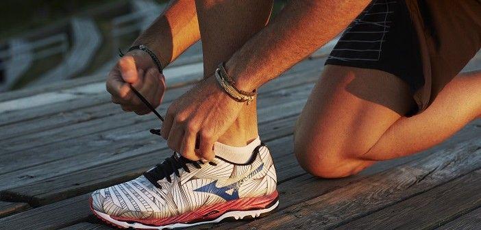 Így válasszunk megfelelő futócipőt. Ha rendszeres futással szeretnénk testünket karbantartani, nagyon fontos, hogy ehhez megfelelő futócipőt válasszunk. Ha a futócipőnk nem jó minőségű, nem idomul tökéletesen a lábunkhoz, könnyen lehet, hogy az egyébként egészséges kocogás egy idő után fizikai fájdalommal fog járni. KATTINTS IDE!