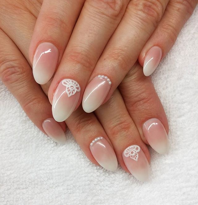 #babyboomer #lacegel #practicing #formum #crystal_nails_official #crystalnailsnailart