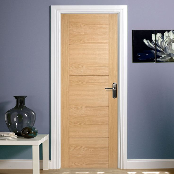 The Vancouver 5P Oak Door Has A Solid Core With The Veneer On Top To Provide