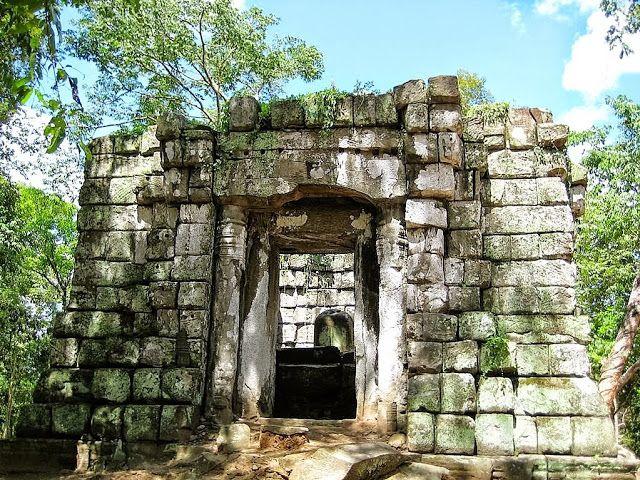 Koh Ker (Cambodia)