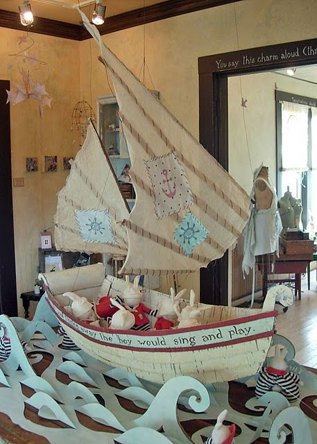 cardboard/paper boat..... Hmm... I think this could be do-able but where on Earth could I put it!!