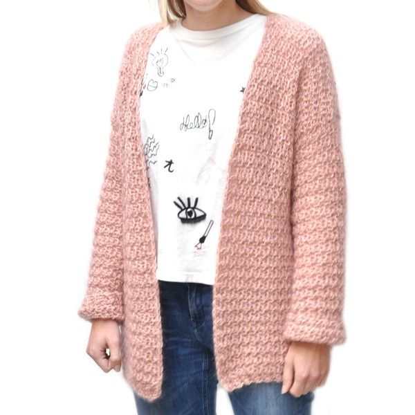 Cute combinations! A simple shirt with an oversized Bernadette Cardigan! Crochet your own with this simple pattern!