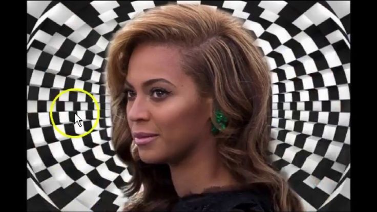 TMZ Photos Reveal Transgender Beyonce Faking Pregnancy Again - Serena Wi...