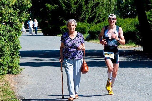 L'attività fisica fa crescere il cervello e riduce il rischio di demenza senile