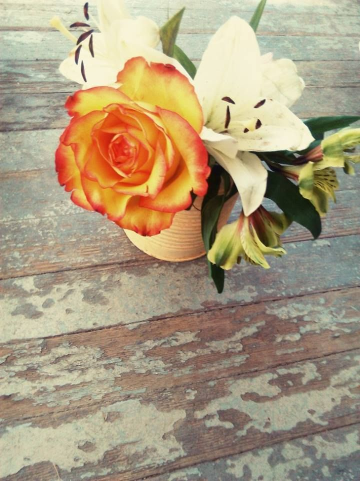 $10 Floral Arrangement- Includes Delivery and Card within Vernon BC and Kelowna BC