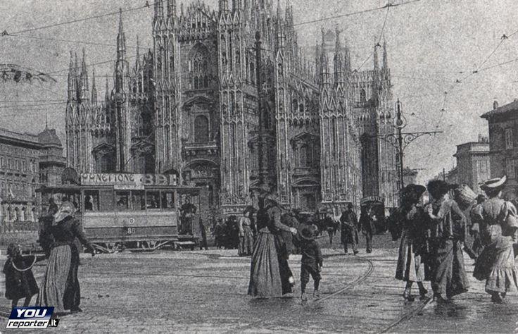 Milano piazza duomo 1850 -