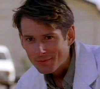 Brett Climo alias Dr. David Ratcliffe, made my heart beat a little bit faster when watching The Flying Doctors