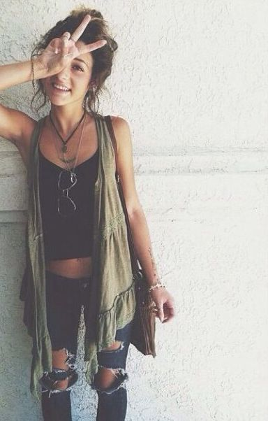 Coachella festival fashion: boho chic outfits find more women fashion on http://www.misspool.com