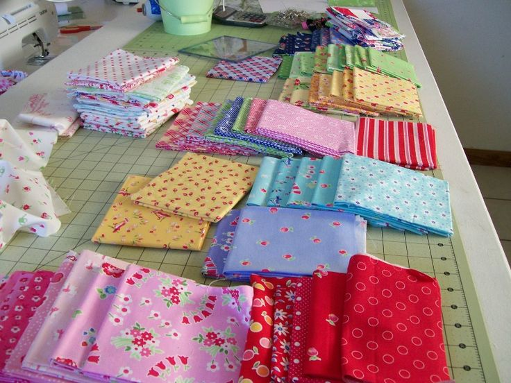 Back Porch Quilting Templates : 298 best images about PamKittyMorning Fabric on Pinterest Quilt, Sewing and Note