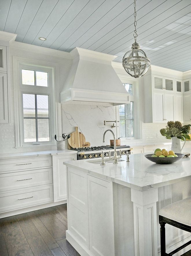 Beautiful Homes of Instagram: Lake House (Home Bunch – An Interior Design & Luxury Homes Blog)