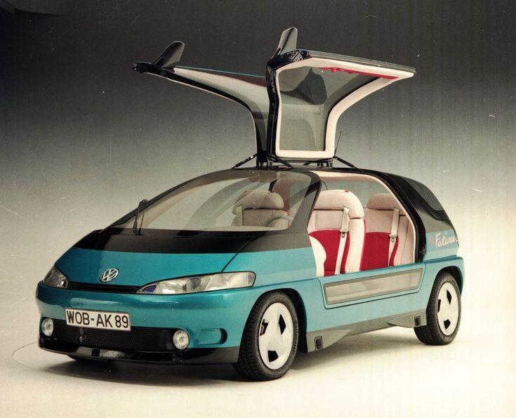 Sieht immer noch modern-futuristisch aus, ist aber von 1989:  VW Futura