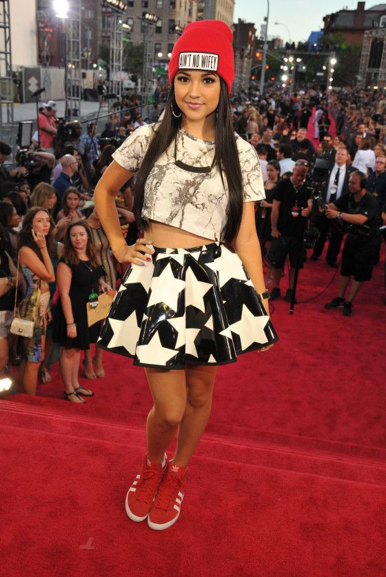 Play It Again by Becky G music video premiere and lyrics