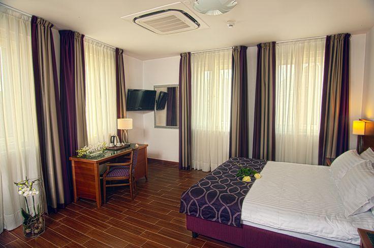 www.hotelgalileoprague.com