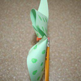 Make this paper pinwheel or toy paper windmill craft. This is an easy to follow instruction on how to make a simple fun filled craft which kids will enjoy to watch spin at the back garden...