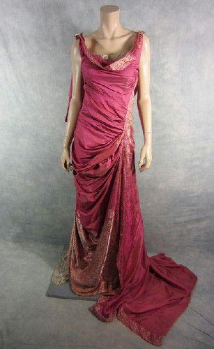 Spartacus Ilithyia Viva Bianca Screen Worn Roman Gown Shawl EP 207 COA | eBay