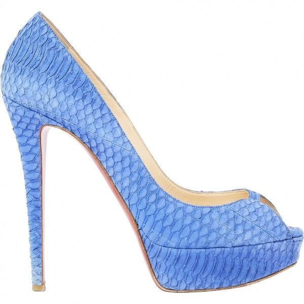Pre-owned Christian Louboutin Snakeskin Pumps ($490) ❤ liked on Polyvore featuring shoes, pumps, blue, women shoes heels, blue snakeskin pumps, christian louboutin, snake skin pumps, blue pumps and snakeskin shoes