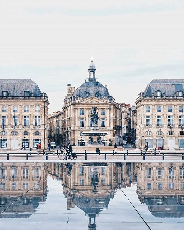 Welcome to Bordeaux , France  Photo by : @theblueananas  Share your favorite cities and include #cbviews ✔ Бордо , Франция