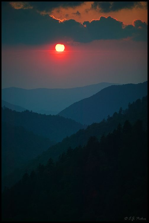 Photo 4 from Morton Overlook in Great Smoky Mountains National Park - taken by nature photographer E. J Peiker