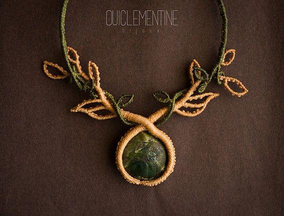 Collar macrame, collar bohemio en macramé, collar rústico verde en micro macrame