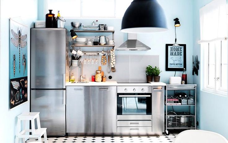 Modern white kitchen with Grytnas fronts and glass doors Sektion - ikea single k che