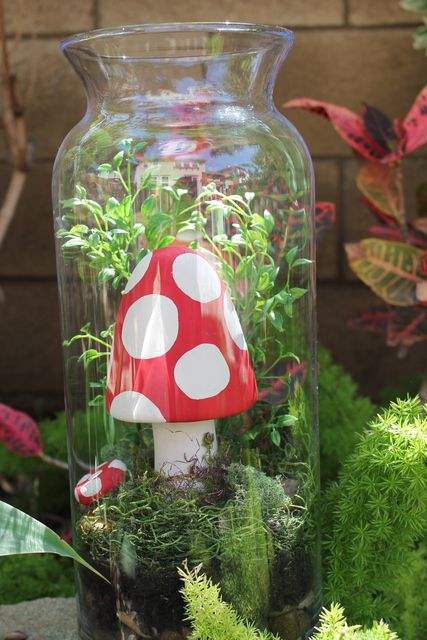 Decor at a Fairy Garden Party #fairygarden #partydecor