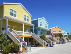 Location is king for seaside settlers, but it's hardly the only item on their wish lists. Here's what adds up to a true beachfront bingo.