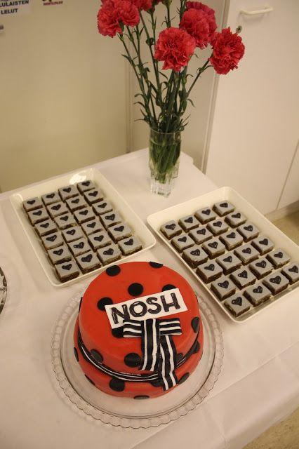 ISOLASSA: Nosh-kutsuille nimikkokakku mady by Sanna