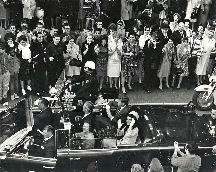 Daily Dot | New Kennedy photo, moments before assassination, emerges