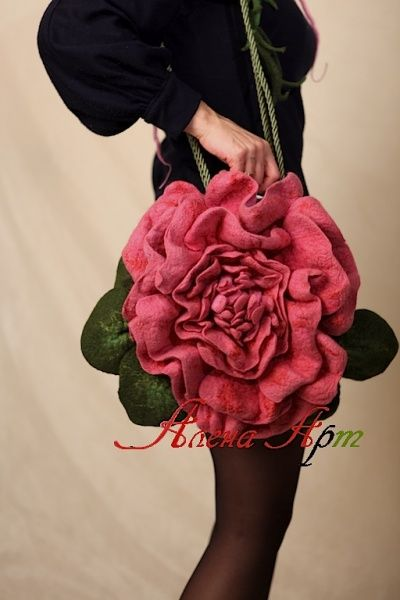 Felted 3D Bag 'Peony'