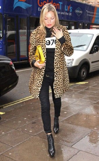 Love everything about this picture - Kate Moss, the leopard print jacket (want), and the black top & bottom combo. I shall be copying this!
