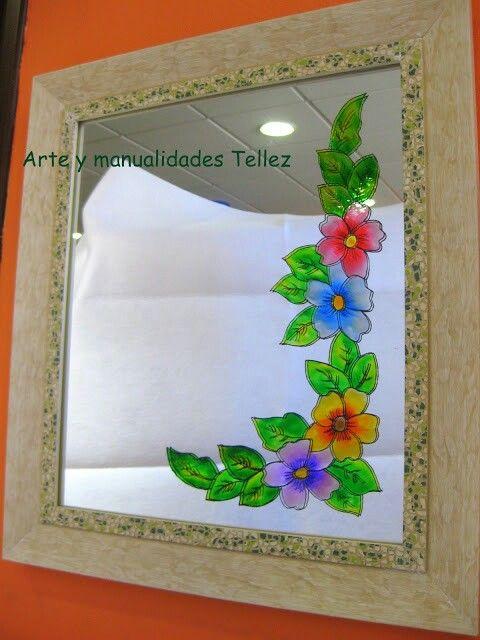 Precioso espejo decorado
