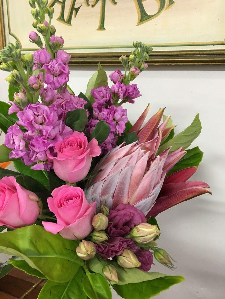 https://bloominboxes.com.au/pink-pink-pink