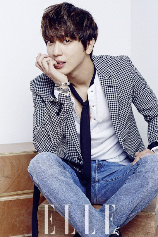 Yong Hwa - Elle Magazine March Issue '16
