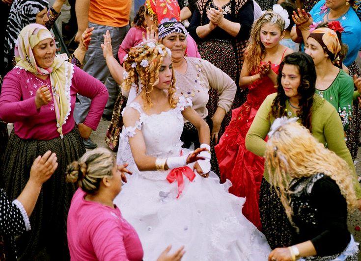 Top World News Wedding Traditions Around The World: 125 Best Wedding Traditions Around The World Images On