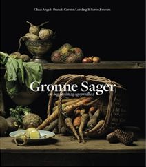 """Grønne sager af Carsten Lunding og Claus Angelo Brandt portrætterer de mange grøntsager fermenteret, syltet, dampet og kogte. Dertil skrives der om udskæring, tekstur, smag, dufte, kold og varm tilberedning, og du får 38 gode opskrifter med i mission """"Grønne sager"""". Klik på forsidefotoet og læs mere om bogen."""