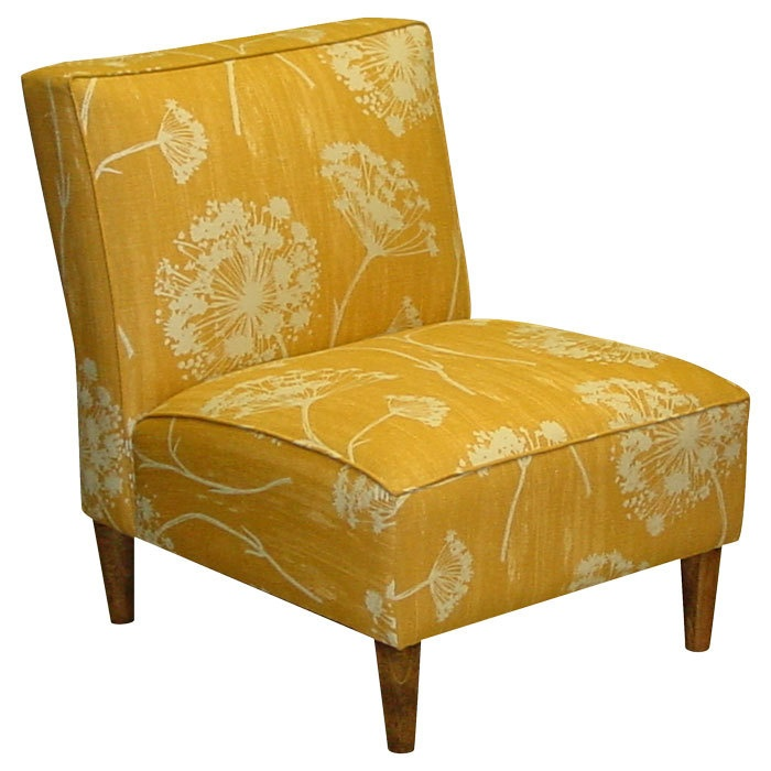 Butterscotch and Queen Anne's Lace: Queen Anne, Warwick Accent, Living Rooms, Guest Bedrooms, Joss And Maine, The Queen, Anne Lace, Accent Colors, Accent Chairs