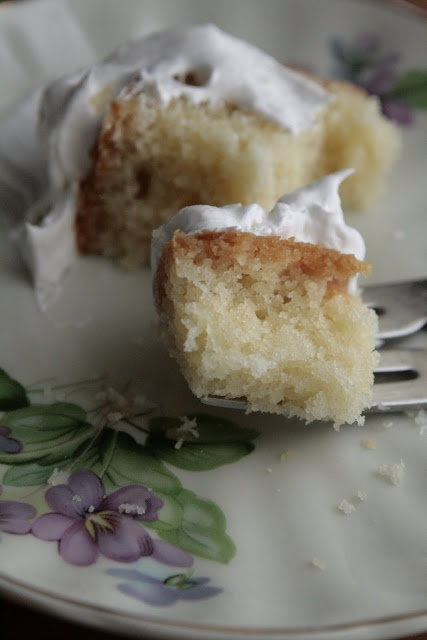 Buttermilk Pound Cake - perfect on day 2 | Cakes {Pound} | Pinterest