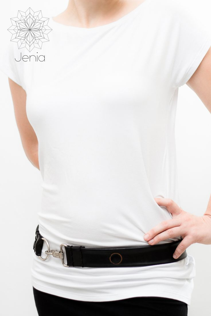 CLIP CLOP . belt    Bicycle inner tube, stainless steel snap clip.    www.jeniadesign.com