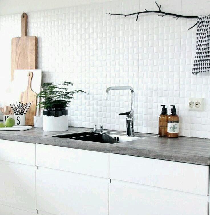 Pi di 25 fantastiche idee su pensili cucina su pinterest for Cucina senza pensili