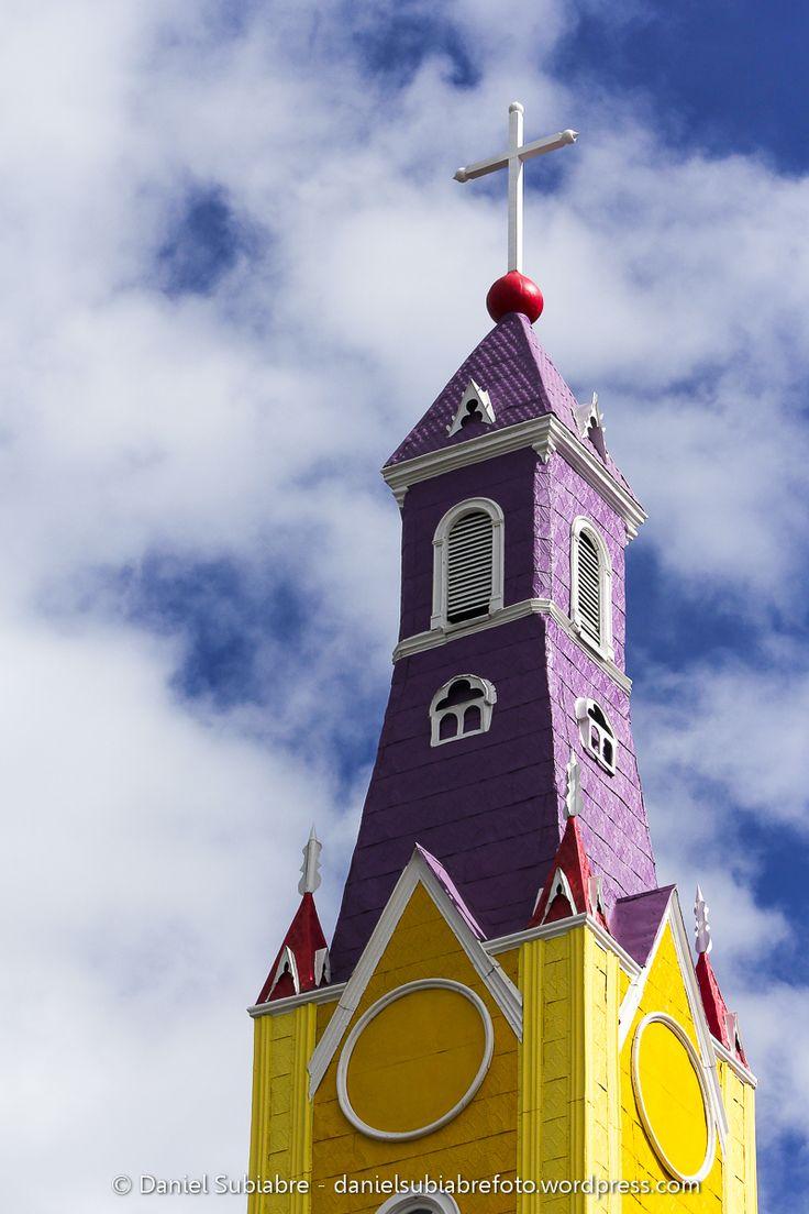 Torre iglesia san francisco de #Castro #Chiloe #Chile #Iglesia