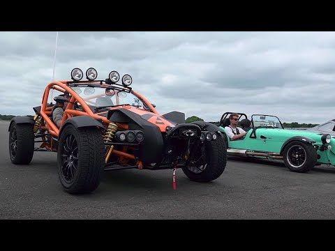 Ariel Atom 3.5 vs Ariel Nomad vs BAC Mono vs Caterham 620S - Top Gear: Drag Races