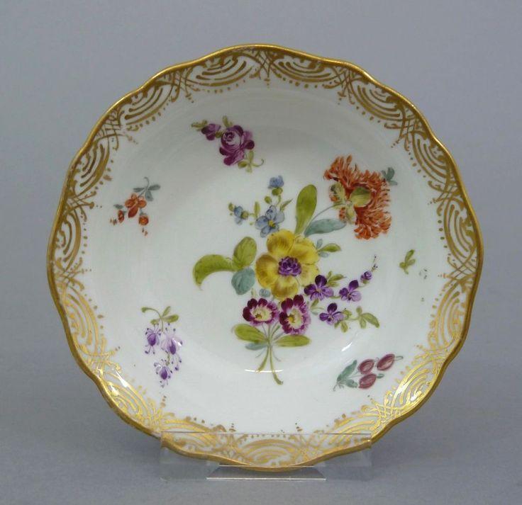 Meissen Schälchen, Blumenbukett, Gold staffiert, 19. Jahrhundert #3
