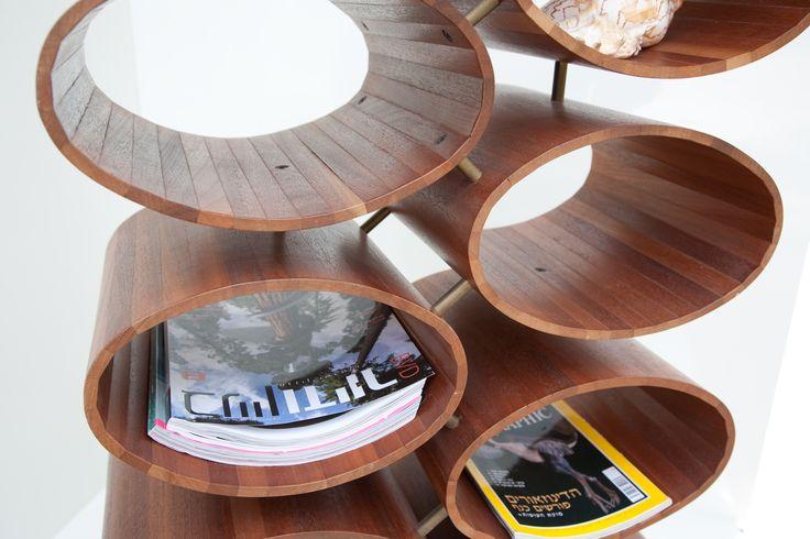 Mahagony ovals stand by Aviad Mishaeli | כוורת אובלים מעץ מהגוני, אביעד מישאלי