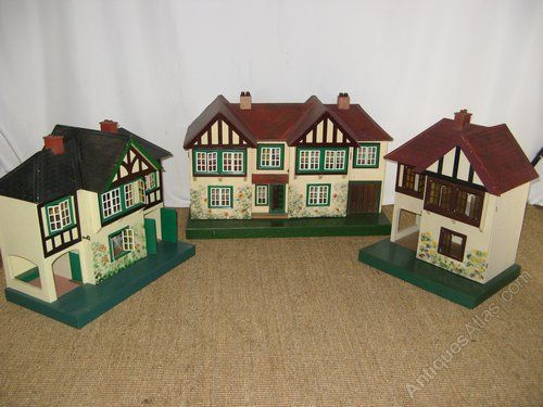 From left to right Triang 61, 62 & 60 dolls houses.