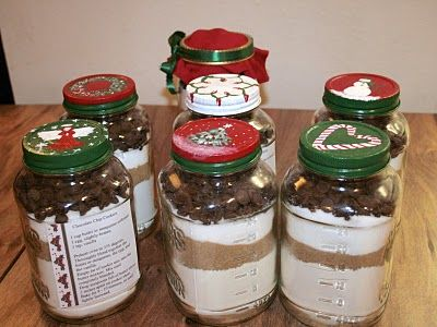 Homemade Christmas Gifts: Cookie Mix Jars out of spaghetti sauce jars.